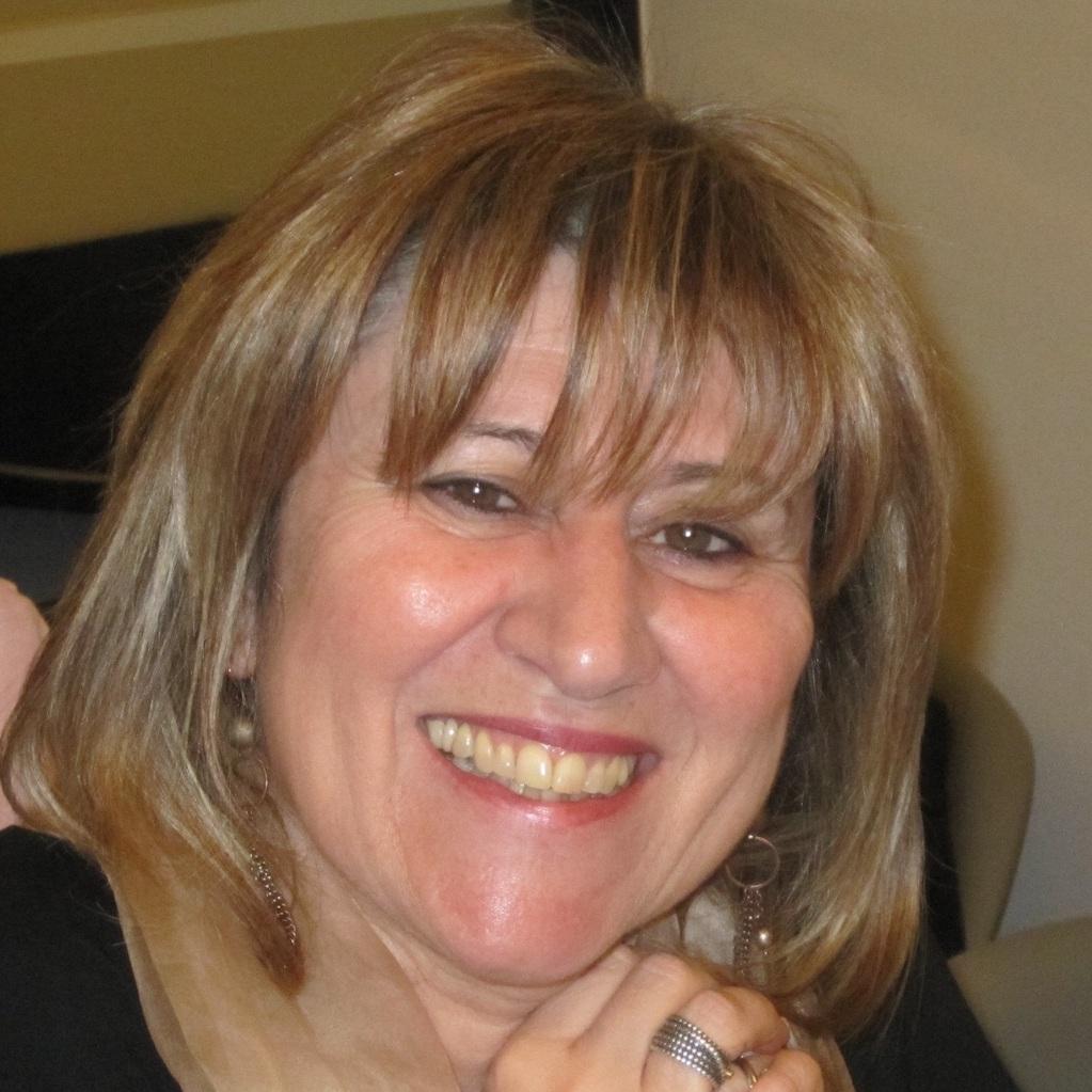Ana Escoval